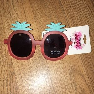 Other - 🔹FREE🔹Pineapple sunglasses🔹